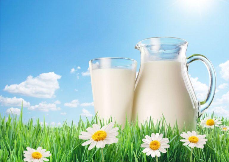 Коровье молоко - один из запрещенных продуктов